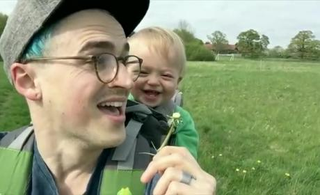 Toddler Reacts to Dandelion, Wins the Internet Forever