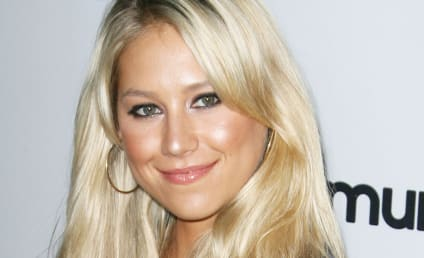 The Hollywood Gossip Fashion Spotlight: Anna Kournikova