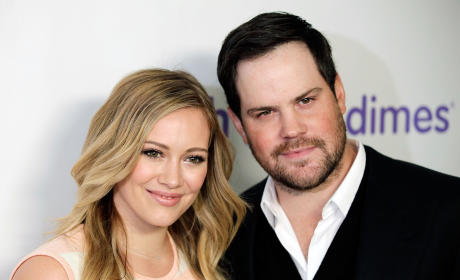 Hilary Duff & Mike Comrie: Divorced!