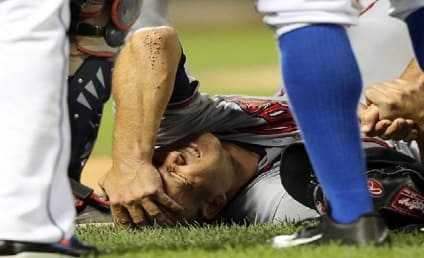 Tim Hudson Suffers Gruesome Ankle Fracture, Lost for Year