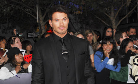 Kellan Lutz at Breaking Dawn Premiere