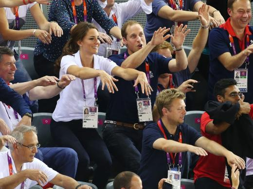 Kate Middleton, Prince William Wave