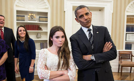 Barack Obama Meets McKayla Maroney, Is Not Impressed