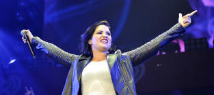 Demi Lovato Gets SLAMMED By Tattoo Artist: You Peed on My Toilet Seat, You Drunk Goon!