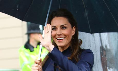 Kate Middleton Waving