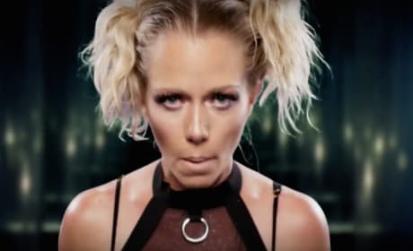 Kendra Wilkinson Music Video Pic