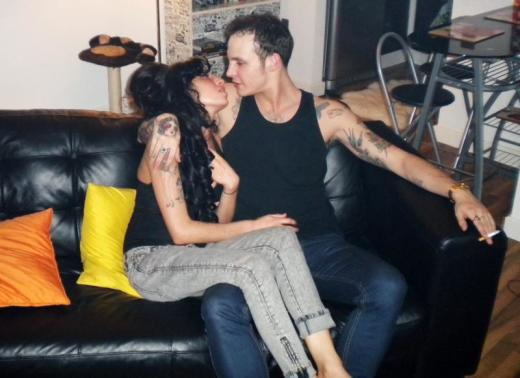 Amy Winehouse, Blake Fielder-Civil Cuddle