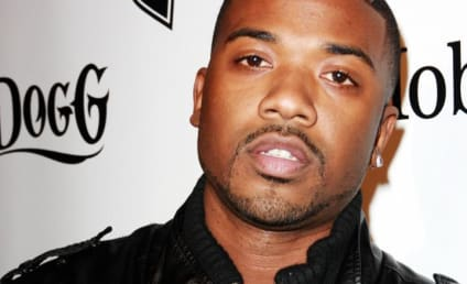 Ray J, Whitney Houston Try to Hide from Cameras