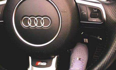 Blac Chyna Drives a Audi