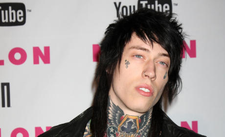 Trace Cyrus Cancels Concert, Complains of Anti-Tattoo Prejudice on Facebook