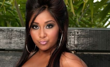 Snooki Scoffs at Lindsay Lohan Comparison