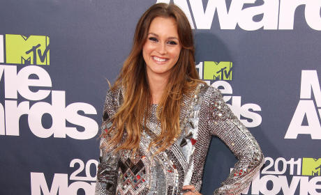 Who looked better at the MTV Movie Awards, Leighton or Blake?
