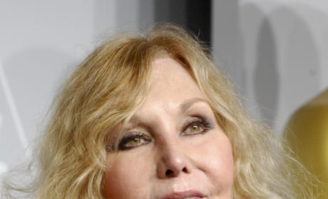 Kim Novak, Plastic Surgery Incur Wrath of Academy Awards Viewers