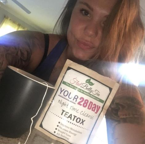 Kailyn Lowry Promotes Tea