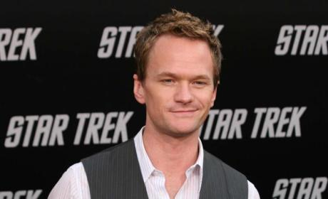 Neil Patrick Harris Pose