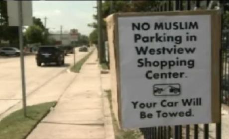 No Muslim Parking Signs Anger Worshippers, Mall-Goers