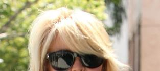 Dina Lohan: Drunk on Dr. Phil?