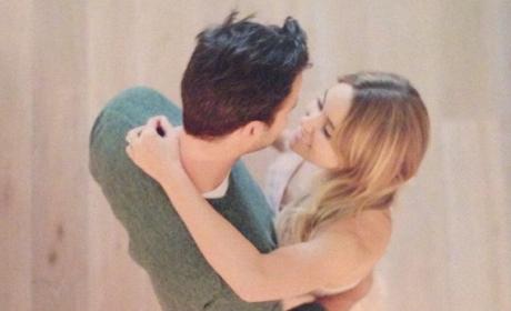 Lauren Conrad-William Tell Engagement Photo: Simply Beautiful ...