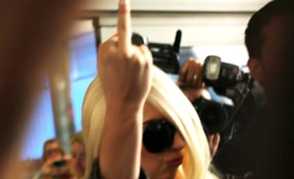 Lady Gaga Returns to U.S. With One-Finger Salute
