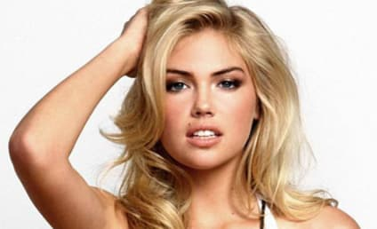 Kate Upton vs. Kendra Wilkinson: THG Bikini Body Summer Showdown!