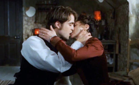 Robert Pattinson Puckers Up in Bel Ami