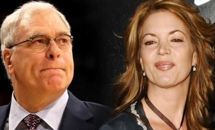 Phil Jackson: Engaged to Jeanie Buss!