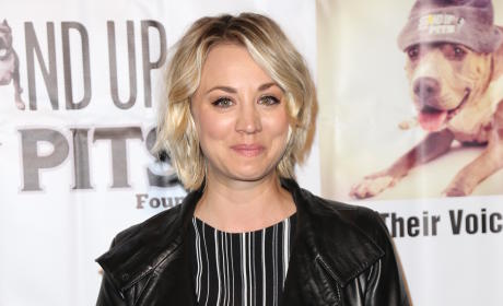 Kaley Cuoco and Paul Blackthorne: New Couple Alert!