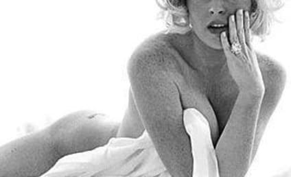 Lindsay Lohan Approves of Lindsay Lohan Nude Photos