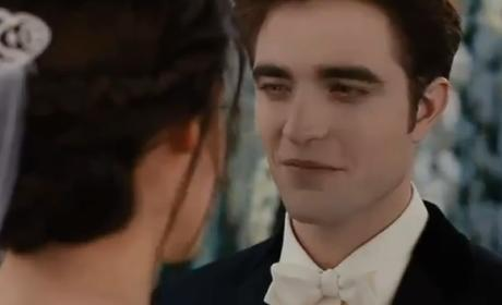 New Breaking Dawn TV Spot: Wedding Drama!