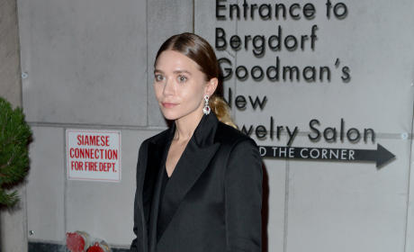 Ashley Olsen: Gemfields Jewelry Salon Opening