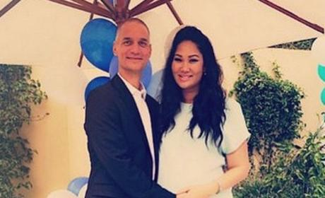 Kimora Lee Simmons Welcomes Fourth Child!