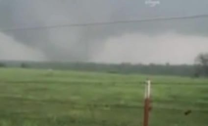 Celebrities Respond to Oklahoma Tornado on Twitter, Pray For Victims, Urge Donations