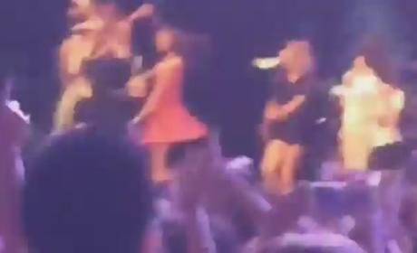 Taylor Swift Dances at Ingrid Michaelson Concert, is Awkwardly Awesome as Always