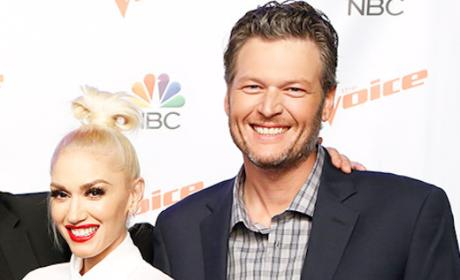 Gwen Stefani and Blake Shelton Romance: PDA on The Voice!!