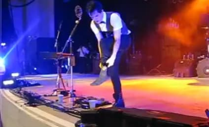Brendon Urie: On with the Show, Broken Ankle!