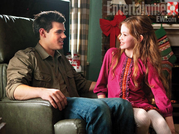 Taylor Lautner and Mackenzie Foy