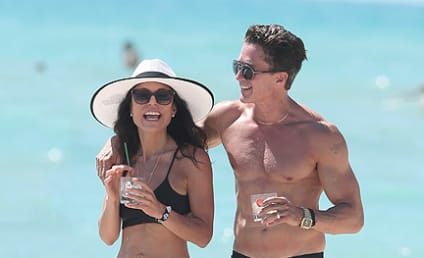 Bethenny Frankel: Spotted With New Mystery Man!