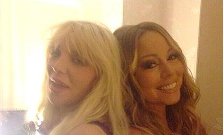 Mariah Carey, Courtney Love Pose For Random, Epic Selfie