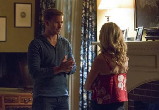 Alaric & Caroline At Odds on The Vampire Diaries Season 8 Episode 1