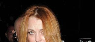 Lindsay Lohan, Dina Lohan Sue Fox News: We Never Did Coke Together!