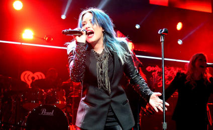 """Demi Lovato Lashes Out Against Phony, """"Mean"""" Fans on Twitter"""