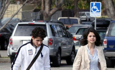 Selena Gomez Dishes on Wizards of Waverly Place Spoilers