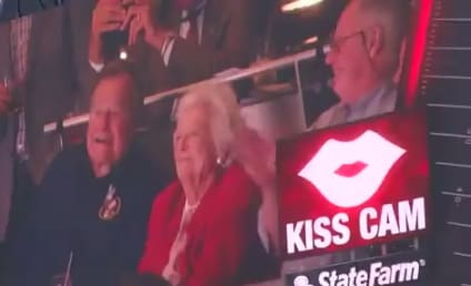 George H.W. Bush and Barbara Bush: Caught on the Kiss Cam!