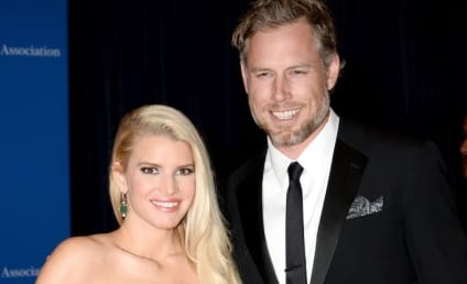 Jessica Simpson Flubs Marriage Vows, Still Becomes Mrs. Eric Johnson