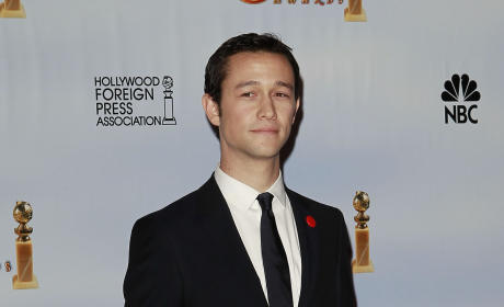 Joseph Gordon-Levitt Confirmed for The Dark Knight Rises