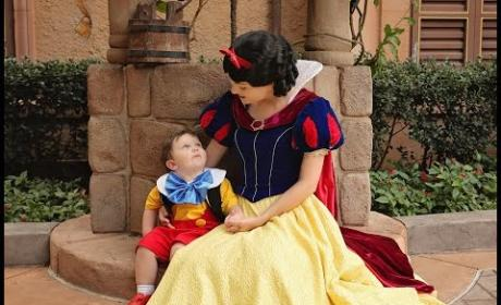 Autistic Boy Falls for Snow White, Wins Over Entire Internet