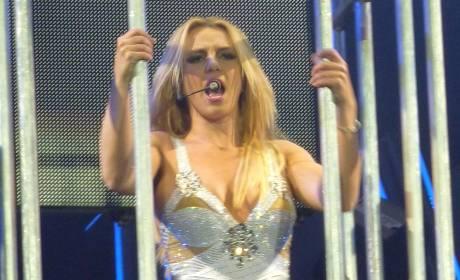 Lynne Spears Encourages, Praises Britney