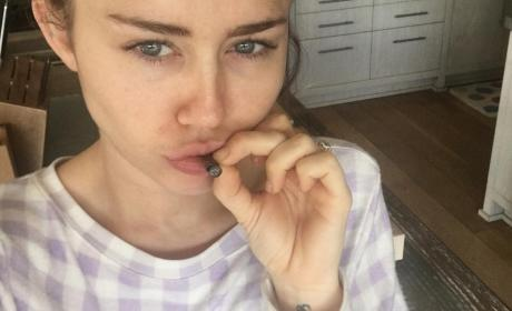 Miley Cyrus to Star in New Woody Allen Series