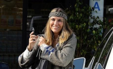 Brooke Mueller Exits Car