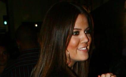 Chris Brown Kicks it with Khloe Kardashian in Klub; No One Kold Kocked